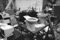 http://www.nikstrangelove.com/files/gimgs/th-53_toilet_v2.jpg